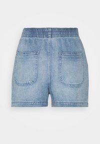 GAP - PULL ON - Shorts - light celebs - 1