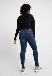 Vero Moda Curve - Slim fit jeans - dark blue denim - 2