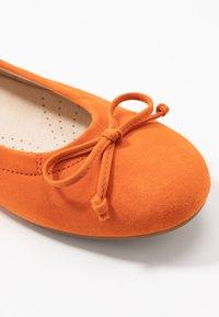Gabor - Ballet pumps - orange - 2