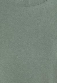 Vero Moda - PAULA  - T-shirt basic - laurel wreath - 2