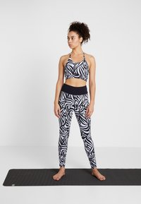Curare Yogawear - BRA SPAGHETTI STRAPS - Sports bra - blue - 1