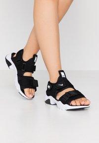 Nike Sportswear - CANYON SLIDE - Sandalias - black/white - 3