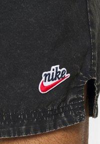 Nike Sportswear - Shorts - black - 5
