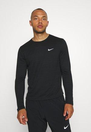 MILER - Treningsskjorter - black/silver