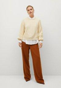Violeta by Mango - TEJAS - Trousers - brown - 1