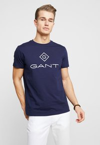 GANT - LOCK UP  - T-shirt med print - evening blue - 0