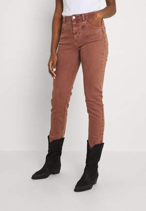 ONLEMILYLIFE NEW CUT - Slim fit jeans - coconut shell