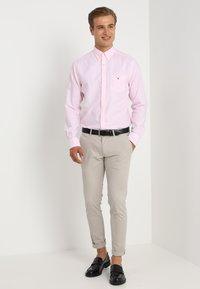 GANT - THE OXFORD - Camisa - light pink - 1