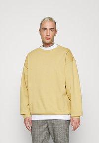 YOURTURN - UNISEX - Sweatshirt - tan - 0