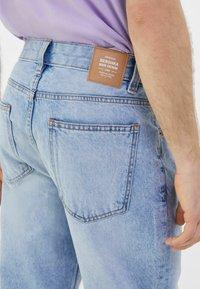 Bershka - STRAIGHT VINTAGE - Straight leg jeans - light blue - 3