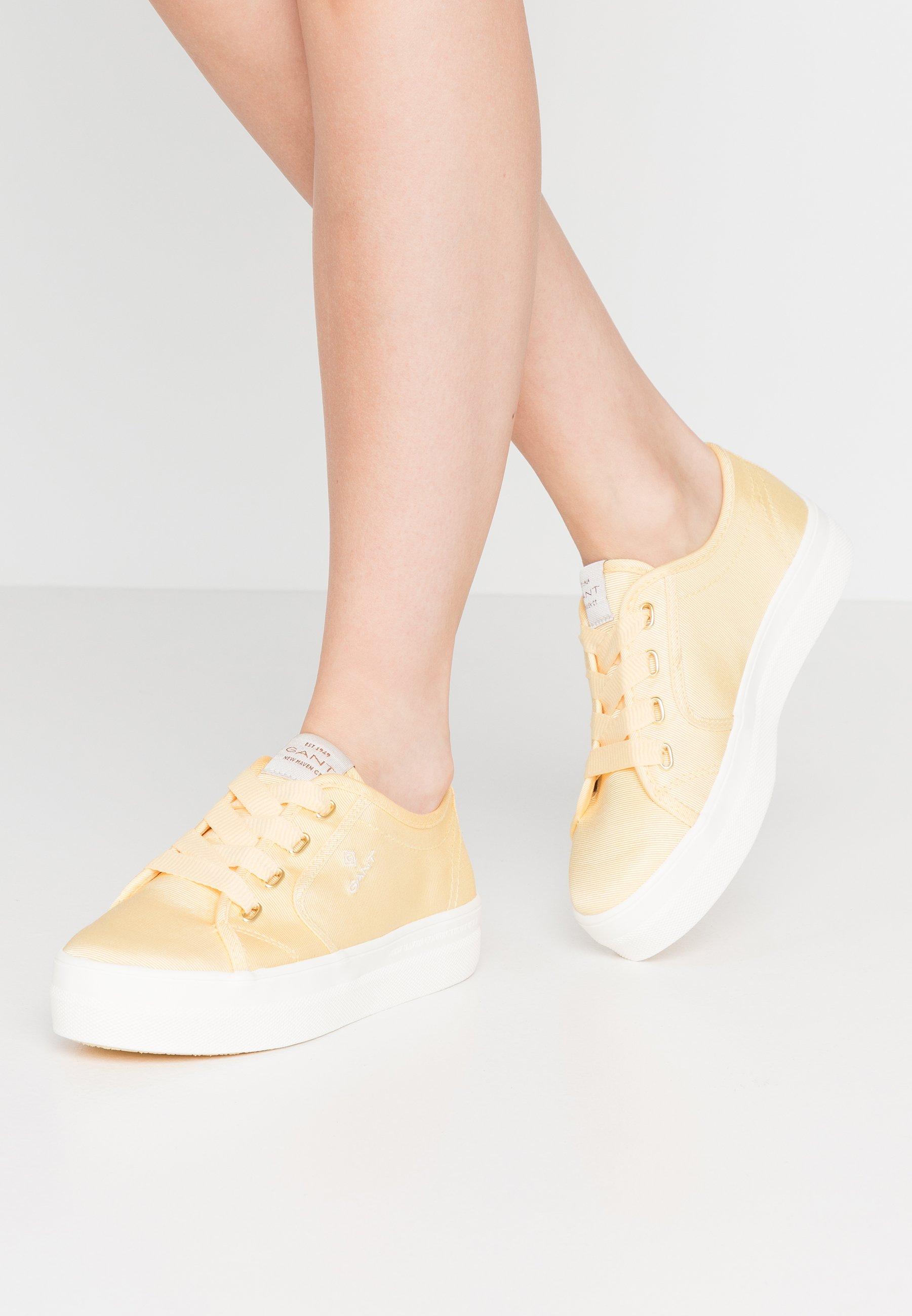LEISHA Sneakers light yellow