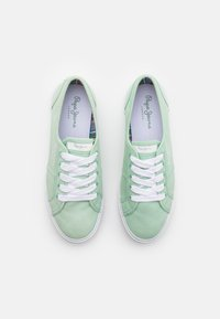 Pepe Jeans - ABERLADY ECOBASS - Trainers - spearmint - 5