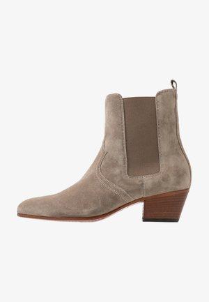 ANISE - Kotníkové boty - tundra