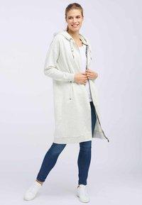 DreiMaster - Zip-up hoodie - white - 1