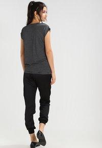 Pieces - PCBILLO - Print T-shirt - black - 2