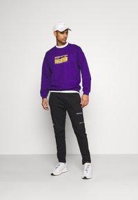 Mennace - UNISEX PRIDE TICKET SWEATSHIRT - Sweatshirt - purple - 1