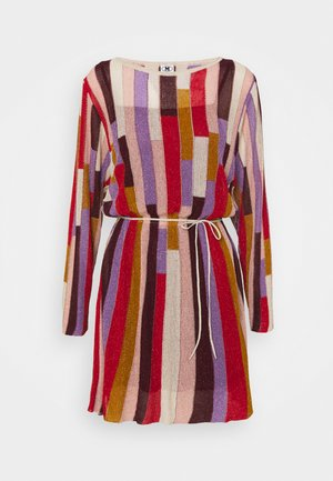 DRESS - Pletené šaty - blood/beige/pale pink/mauve