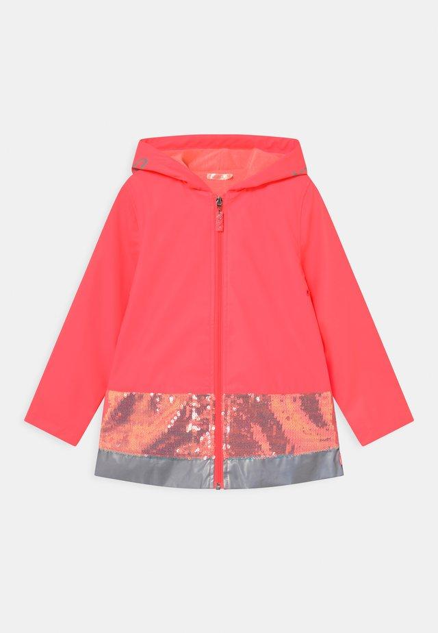 RAIN  - Waterproof jacket - fuschia