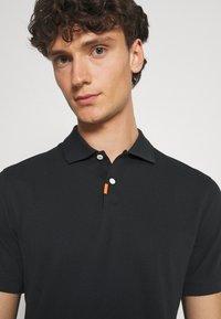 Nike Sportswear - THE SLIM  - Polo shirt - black - 3