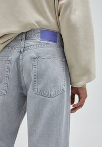 PULL&BEAR - Jeans a sigaretta - grey - 4