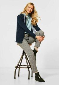 Cecil - MIT DOUBLEFACE - Zip-up hoodie - blau - 2