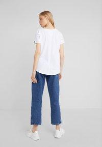 True Religion - BASIC TRUCCI  - T-shirt imprimé - white - 2