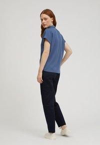 ARMEDANGELS - ZONJAA - Button-down blouse - foggy blue - 2