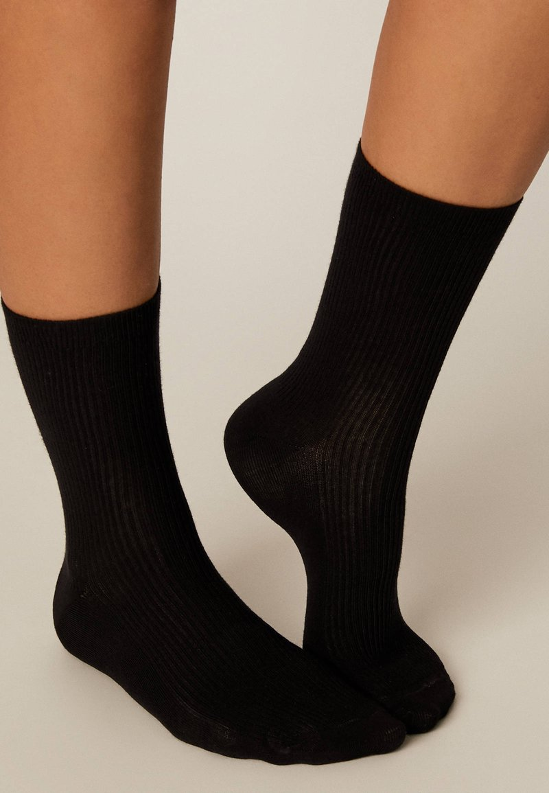 OYSHO - Socks - black
