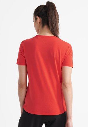 Print T-shirt - apple red