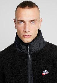 Nike Sportswear - WINTER - Let jakke / Sommerjakker - black/off noir - 4