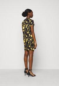 Versace Jeans Couture - DRESS - Vestito di maglina - black - 2