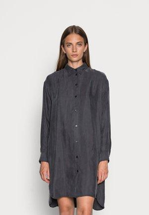 MERYALF WOMAN DRESS - Blousejurk - asphalt