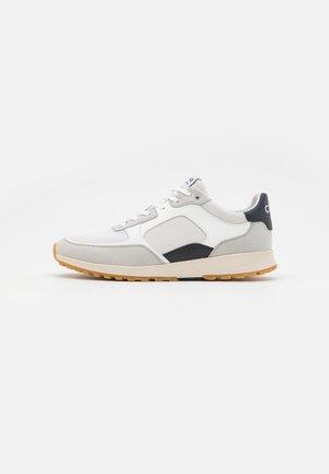JOSHUA UNISEX - Sneakers - white/navy