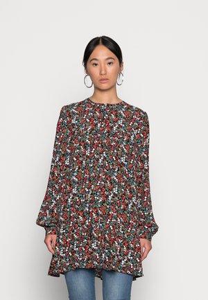 MUNTE  LONG - Sukienka letnia - black vibrant multicolor