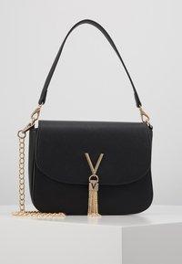 Valentino Bags - DIVINA - Across body bag - nero - 0
