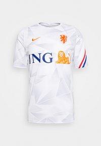 NIEDERLANDE KNVB - Voetbalshirt - Land - white/safety orange