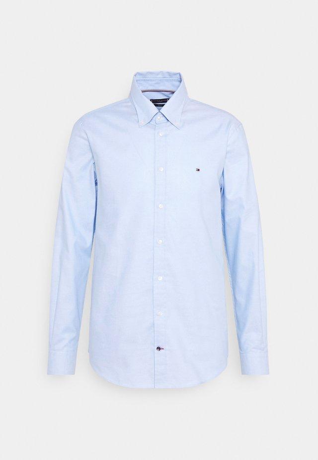 OXFORD SLIM FIT - Camicia elegante - light blue/white