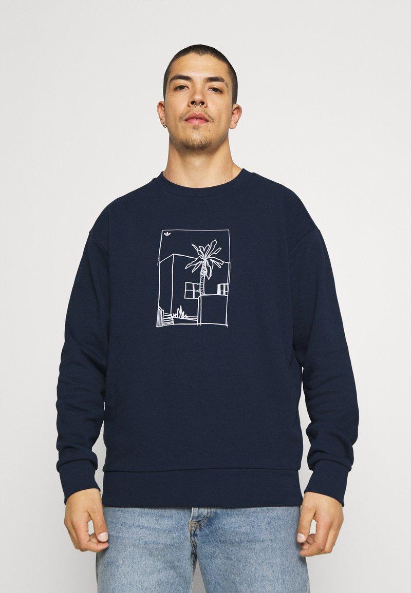 adidas Originals - GRAPHIC CREW - Sweatshirt - collegiate navy