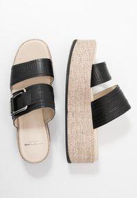Vagabond - FELICIA - Pantofle na podpatku - black - 4
