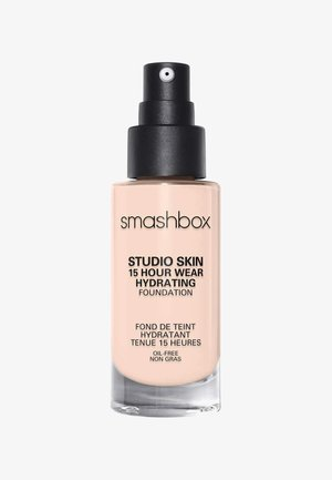 STUDIO SKIN 15 HOUR WEARHYDRATING FOUNDATION - Foundation - 0.2