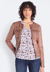 BONOBO Jeans - Chaqueta de cuero sintético - marron clair - 0