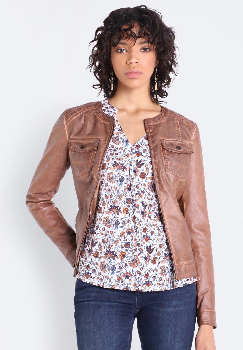 BONOBO Jeans - Chaqueta de cuero sintético - marron clair