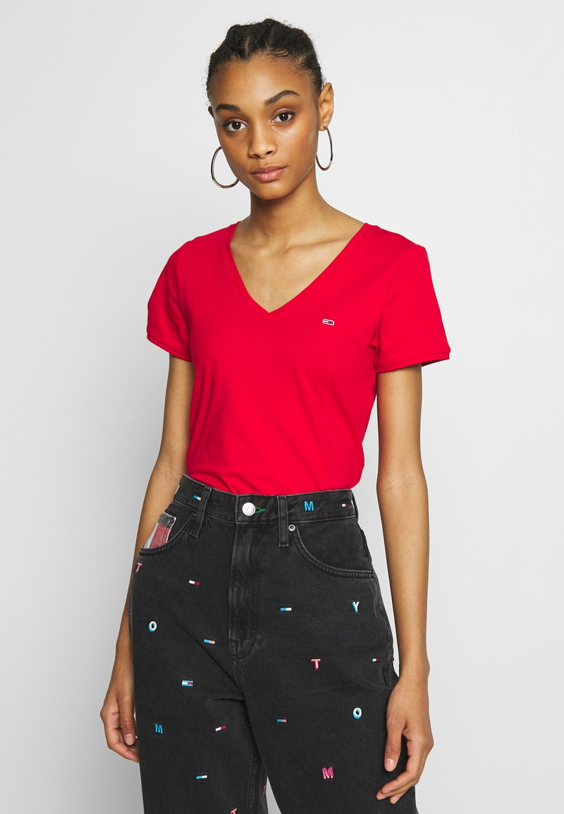 Tommy Jeans - SHORTSLEEVE STRETCH TEE - Basic T-shirt - deep crimson