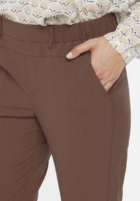 Kaffe - NANCI JILLIAN - Trousers - port royale - 3