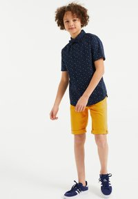 WE Fashion - Shorts - yellow - 0