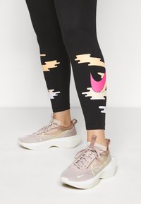 Nike Sportswear - Leggings - Trousers - black - 3