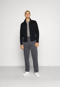 Kickers Classics - UTILITY TROUSER - Trousers - grey - 1