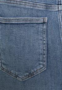 Pieces Curve - PCLILI SKIRT - Mini skirt - light blue denim - 2
