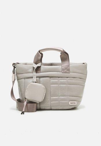 BAG FLUFFY SET - Shoppingveske - grey