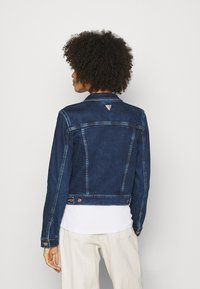 Guess - DELYA TRUCKER - Denim jacket - so chic - 2